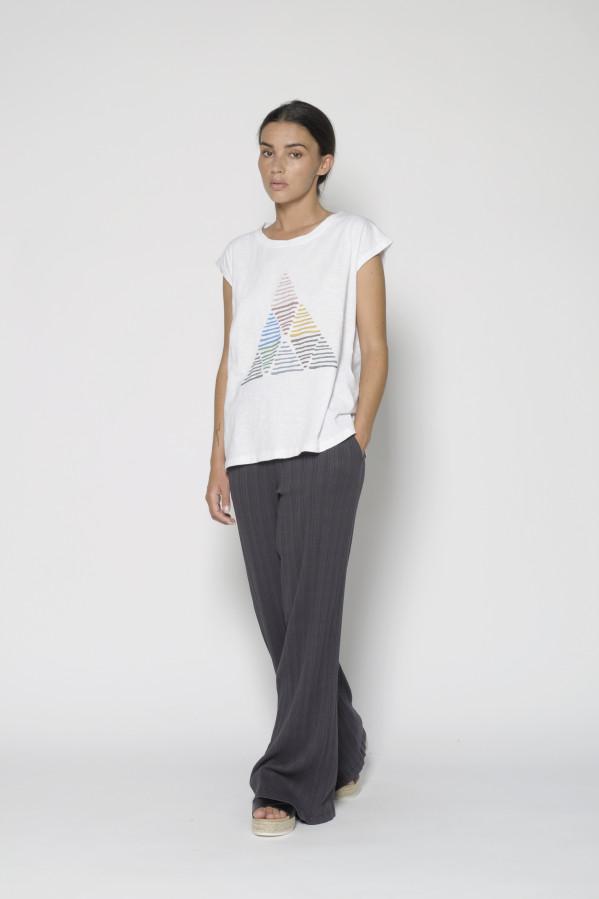 Camiseta de cuello, corte rectangular, 100% algodón, PanProducto