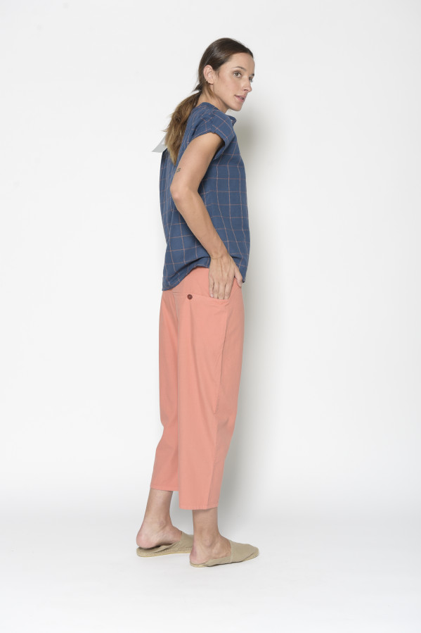 Pantalón baggy coral, bolsillos amplios,100% algodón. Pan Productos Básico.