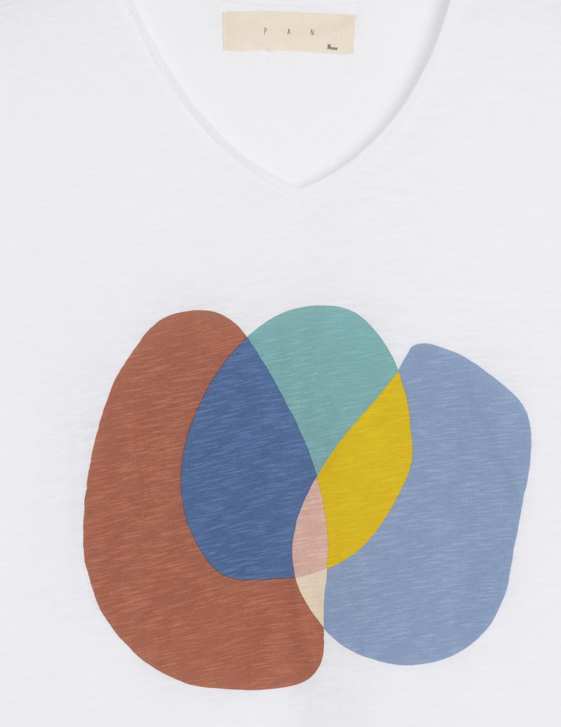 Camiseta de cuello pico, blanco con estampado, 100% algodón de Pan Producto